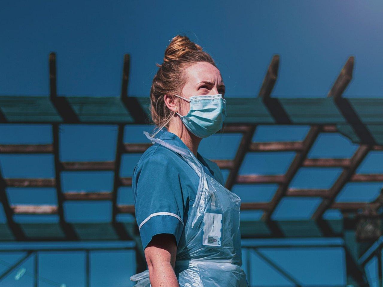 Covid-19 : femmes sur le front face au virus