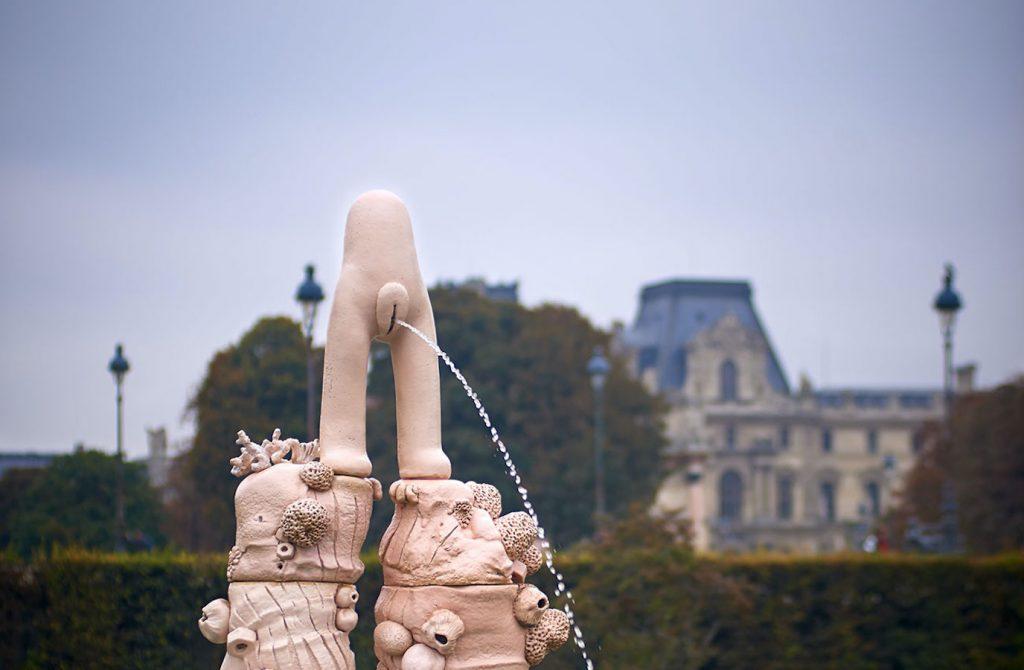 Fontaine, le Manneken Pis féminin de Elsa Sahal à Nantes
